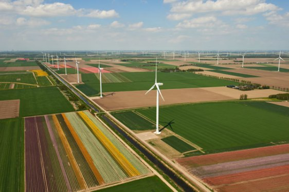 The 122 MW Zuidlob wind farm in the central province of Flevoland, Netherlands, where most of the country's wind power is produced. Image by Jan Oelker.
